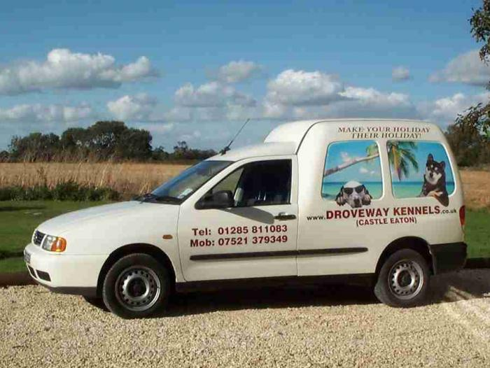 The Droveway Kennels Taxi
